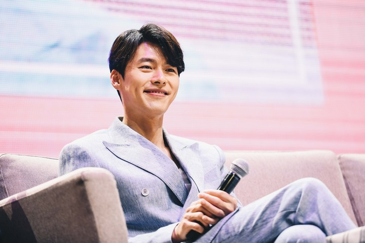 2019_Hyun_Bin_FM_13