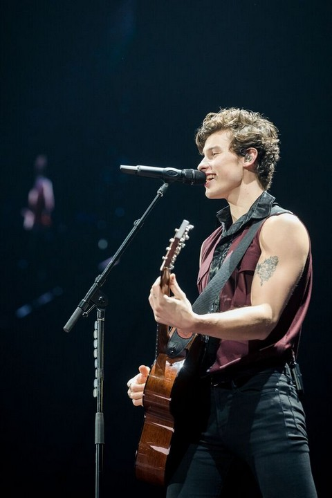 Shawn_Mendes_8